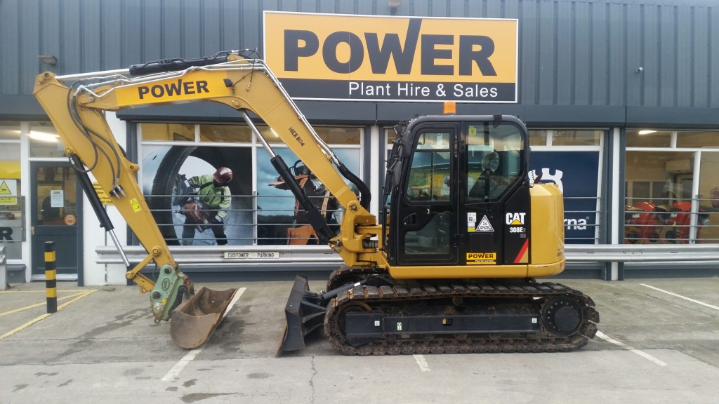 8-ton-digger-hire-wexford-power-plant-hire