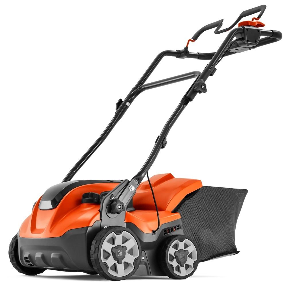 Husqvarna S138i Cordless Lawn Scarifier